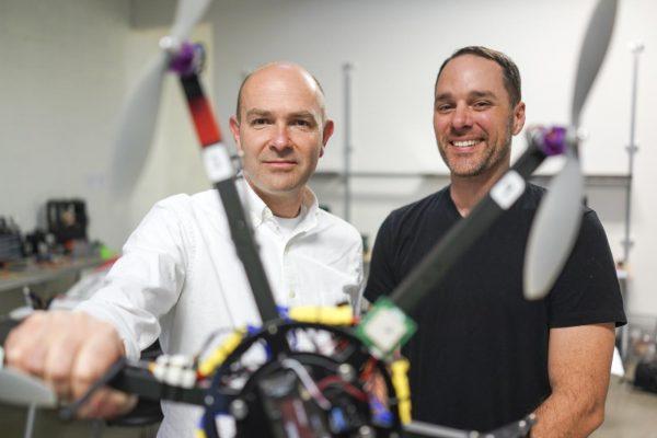 3D Robotics mede-oprichter Chris Anderson (links)
