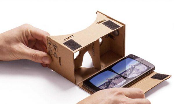 Kartonnen VR-bril