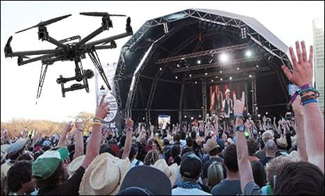 Drone boven publiek