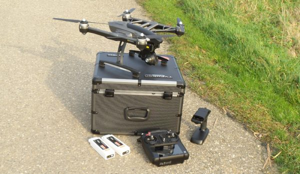 De Q500 4K wordt geleverd met flink wat accessoires