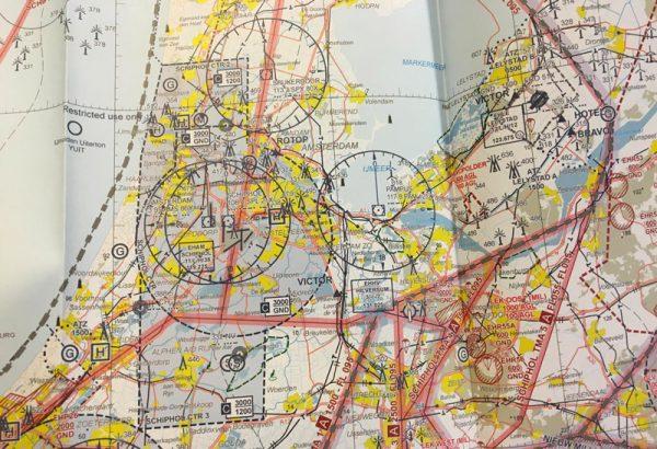Als dronepiloot moet je een aeronautical map kunnen begrijpen