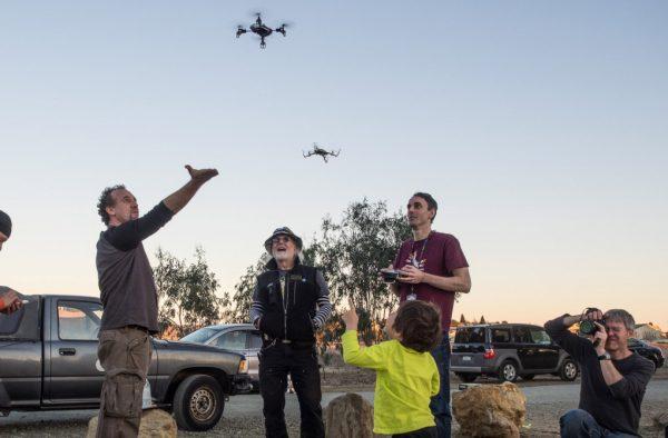 Drone-boven-mensen