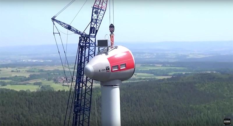 bouw grootste windmolen ter wereld gefilmd door drone dronewatch. Black Bedroom Furniture Sets. Home Design Ideas
