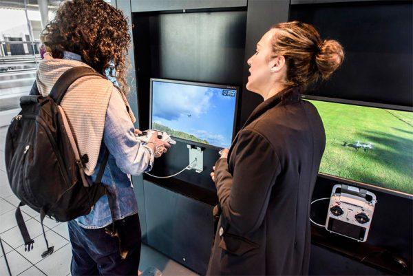 Yuneec-flight-simulator-Schiphol