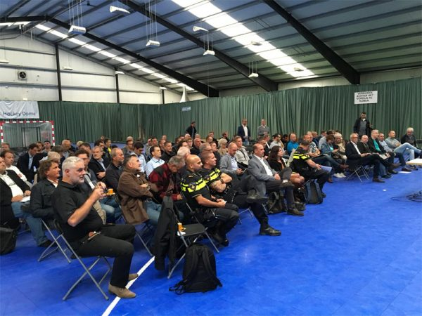 Veel belangstelling voor de minidrone informatiebijeenkomst