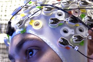 EEG-headset-zwerm-drones