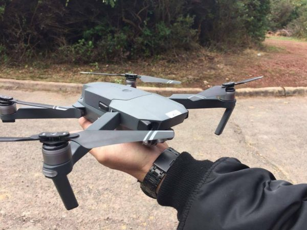 DJI Mavic in de hand