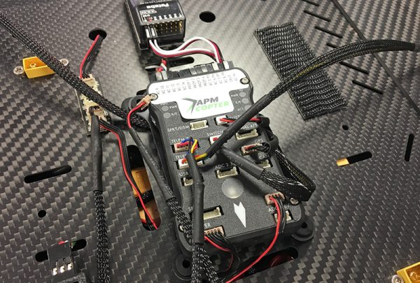 Een open source flight controller van Pixhawk