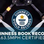 Racedrone zet wereldrecord met topsnelheid van ruim 260 km/uur