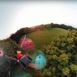 Kijken: racedrone met 360º camera achtervolgt andere racedrone