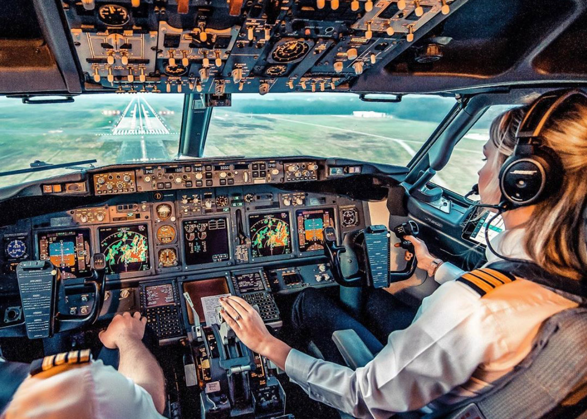 Boeingpilote Michelle Gooris (Dutch Pilot Girl):
